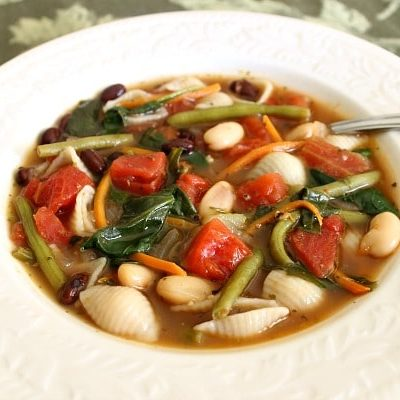 Minestrone Soup Recipe - An Olive Garden Copycat Recipe using fresh vegetables and herbs