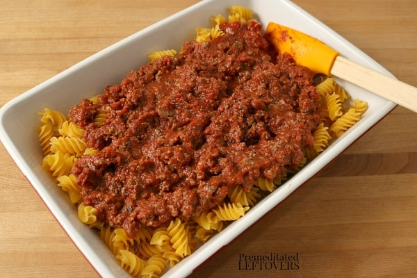 Add spaghetti sauce to the pasta
