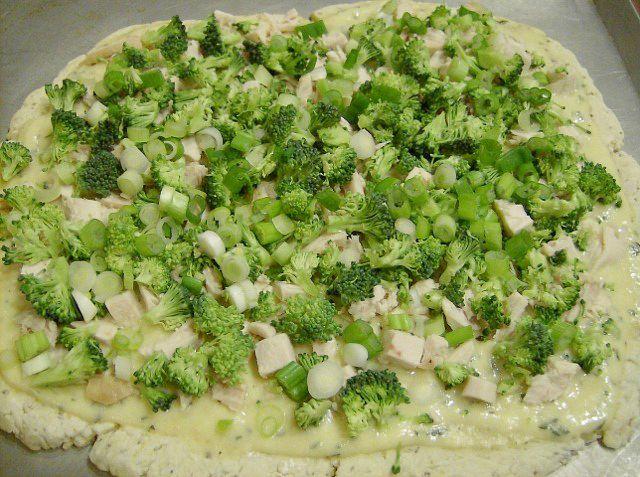 Alfredo Pizza with Veggies