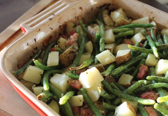 Roasted Potatoes, Green Beans and Ham Casserole
