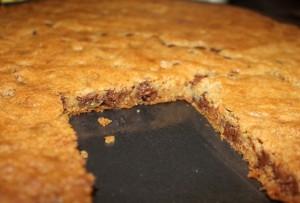 gluten-free chocolate chip pizza cookie