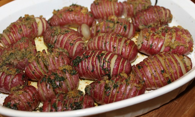 How to make hasselback red potatoes