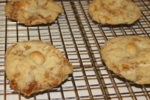 gluten-free  toffee macadamia nut white chocolate cookie recipe