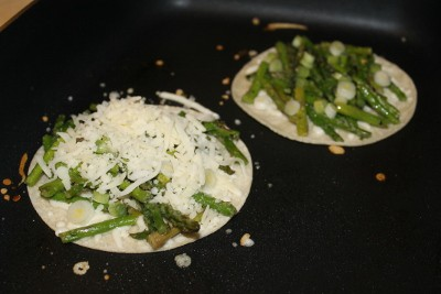 How to Make Asparagus Quesadillas