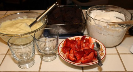 How to Make a Trifle - basic recipe with many variations (425x232)