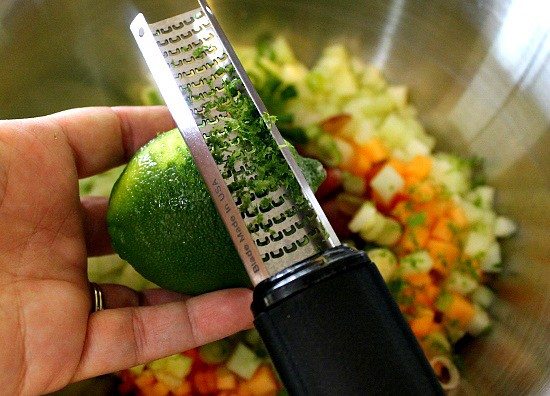 Mojito Melon Salsa - adding lime #FreshFinds #shop
