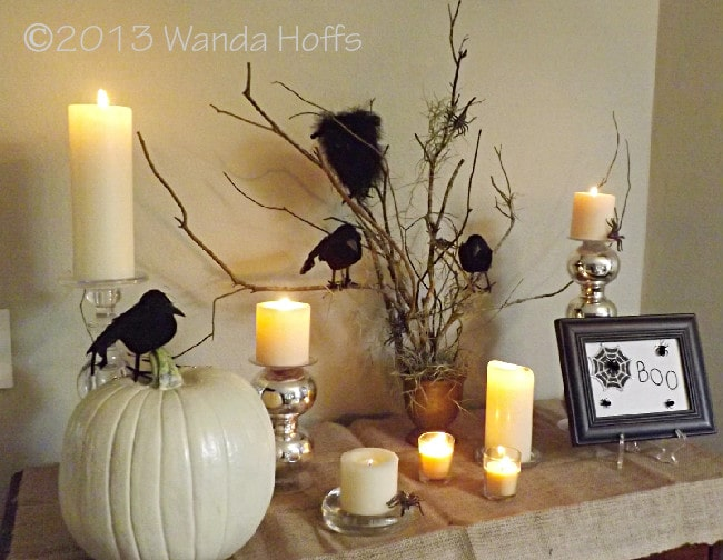 Subtlely spooky Halloween Table decorations - tips for how to recreate this look