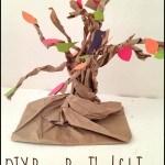 DIY Brown Bag Thankful Tree