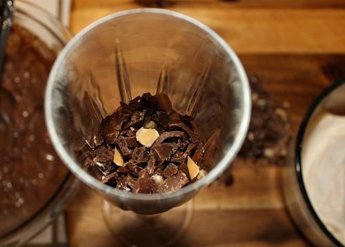 Layering chopped Milk Chocolate AlohaMacs on top of pudding