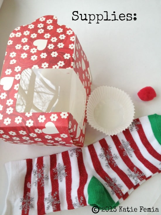 DIY Sock Cupcake  - a quick and easy gift idea
