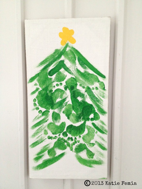 Christmas Tree craft made with footprints