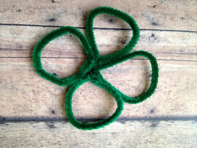 DIY Chenille Shamrocks - Step 2