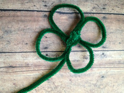 DIY Chenille Shamrocks - Step 4