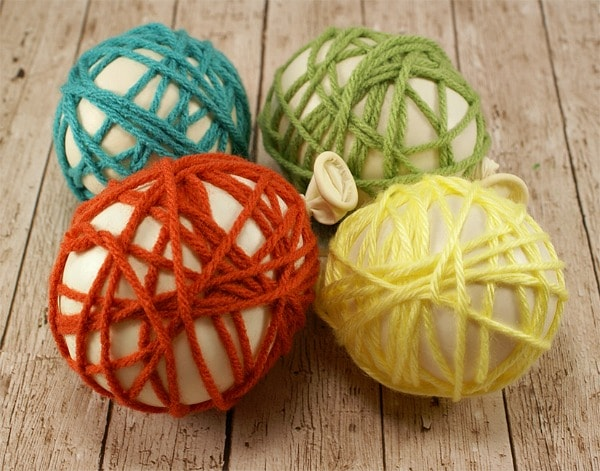 How to make a yarn Easter egg - step 2