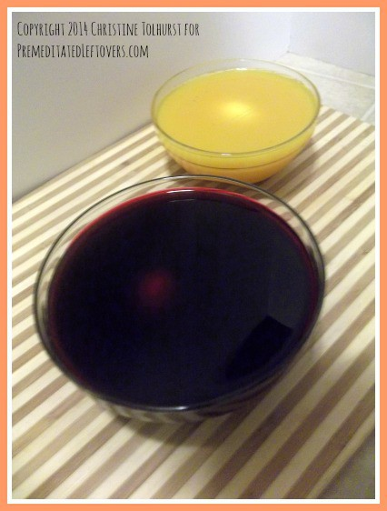 natural dye for Easter eggs - be sure to use glass bowls with your natural Easter egg dye!