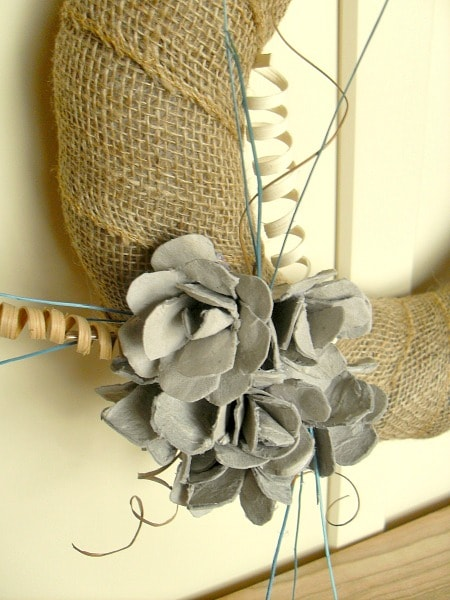 Close up - Egg Carton Craft - DIY Upcycled Egg Carton Flower Wreath