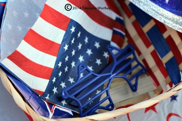 Kids Table Decor Ideas for  Memorial Day and 4th of July