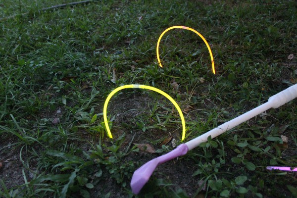 golf glow + 5 Night Games Using Glow Sticks