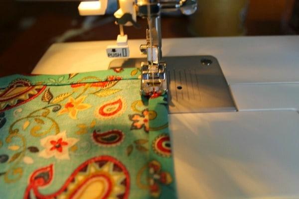 cloth napkin tutorial - sewing seams