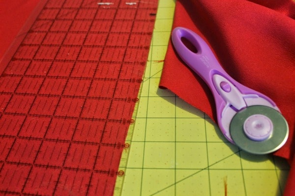 how to make a puppet theater curtain