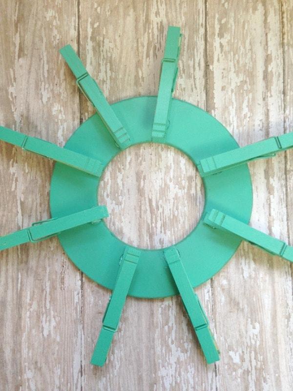 clothespin tea bag wreath spray paint
