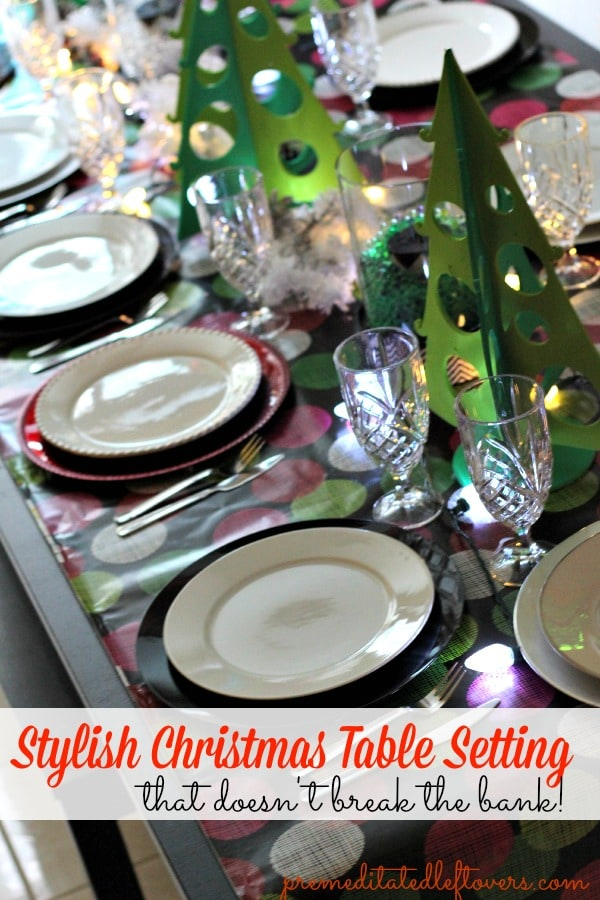 Setting your table for Christmas doesn't have to break the bank. Read my tips on how to pull of a Stylish Green, Red and White Christmas Table Setting. Pin it for later!