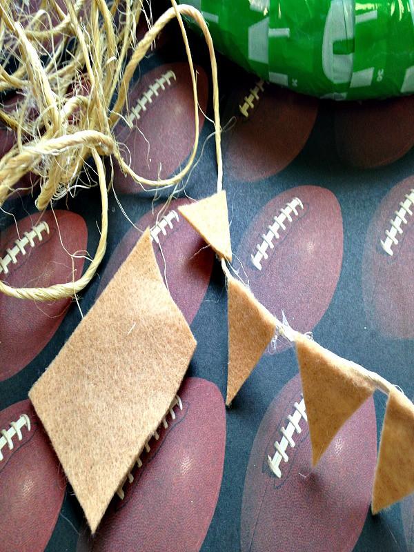 Football Wreath Tutorial