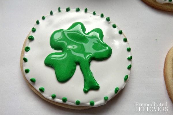 Shamrock Sugar Cookies Tutorial and Tips