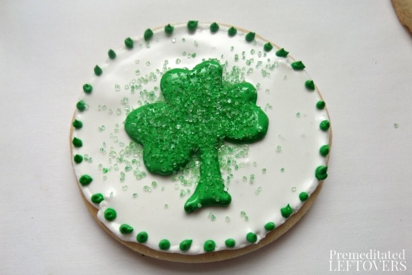 How to make Shamrock Sugar Cookies for St. Patrick's Day