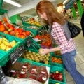 Spring Fruits and Vegetables to buy now to buy to save money and buy at the peak of freshness