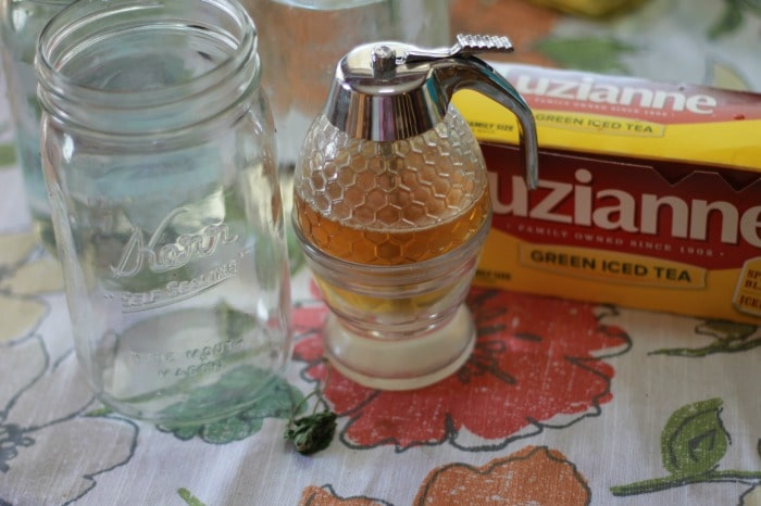 Sun Tea Ingredients