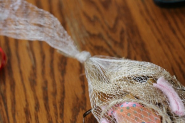 Bird Nest Filler Bag tie