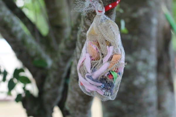 Bird Nest Filler Bag hanging