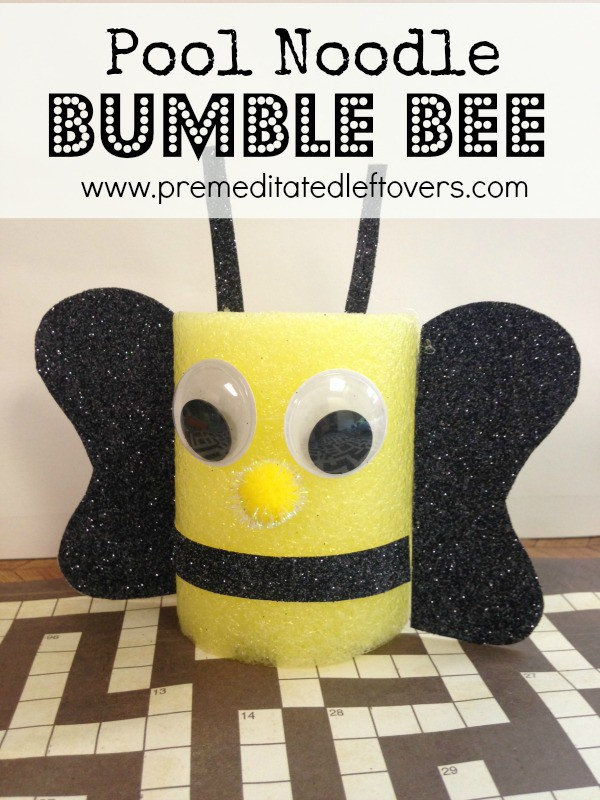 Pool Noodle Bumble Bee Craft - This fun and frugal uses just a pool noodle and a few common craft supplies to make an adorable pool noodle bumble bee craft.
