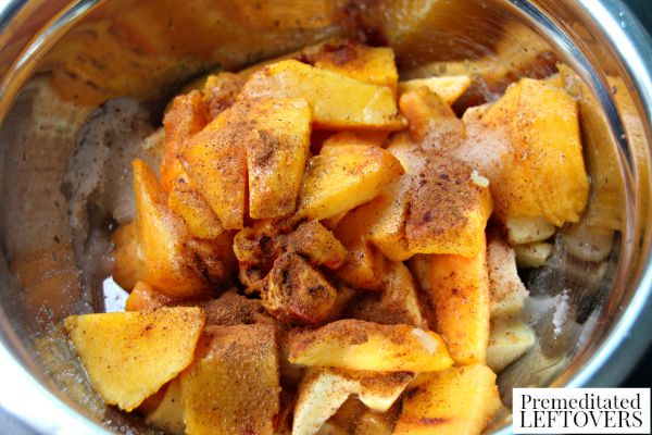 How to Make Peach and Apple Cobbler Filling
