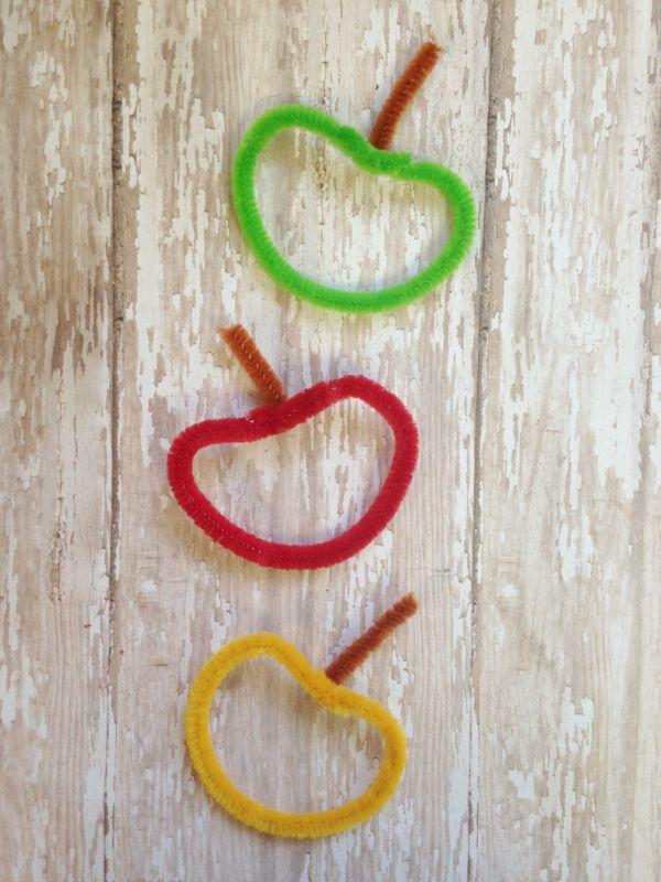 DIY Chenille Apple Craft for Kids stems