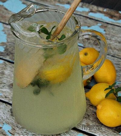 mint lemonade recipe using fresh mint leaves