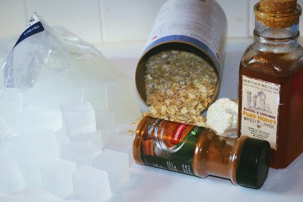 Oatmeal and Honey Moisturizing Bar Soap supplies