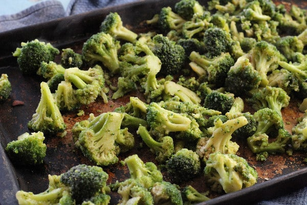 roasted balsamic broccoli pan