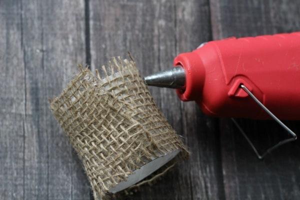 DIY Faux Succulent Napkin Rings- glue burlap