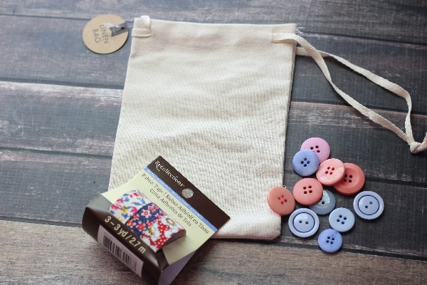 Tic-Tac-Toe Travel Game Bag- materials
