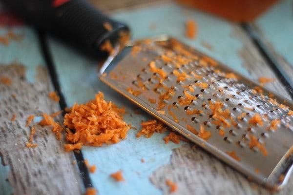 Carrot Cake Overnight Oatmeal- grating carrots