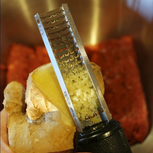 Adding ginger to ground beef to make teriyaki burgers