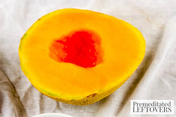 Cantaloupe Fruit Pizza- sliced cantaloupe