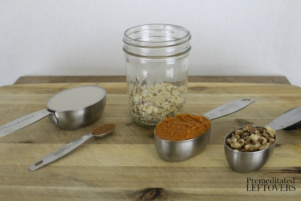 Pumpkin Pie Overnight Oatmeal - add oatmeal