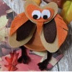 Reuse terra cotta saucers from your summer gardening with this Flower Pot Saucer Owl Craft. This craft is easy for kids to make with felt and pipe cleaners.