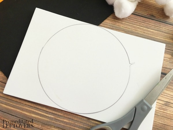 Foam Snowman Craft- trace circle shape onto foam