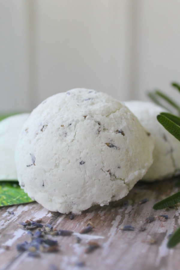 If you find that your bath bombs won' t stay together or have added too much water, try adding a little more corn starch to thicken the mixture up and hold it together.