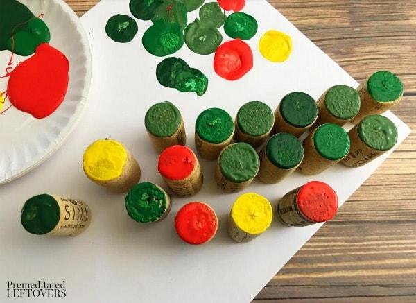 Wine Cork Christmas Tree- paint corks