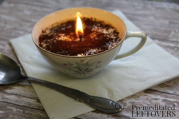 Make your own Easy Coffee Scented Candles to give as gifts or to brighten up any room! This easy tutorial is a favorite that anyone can follow